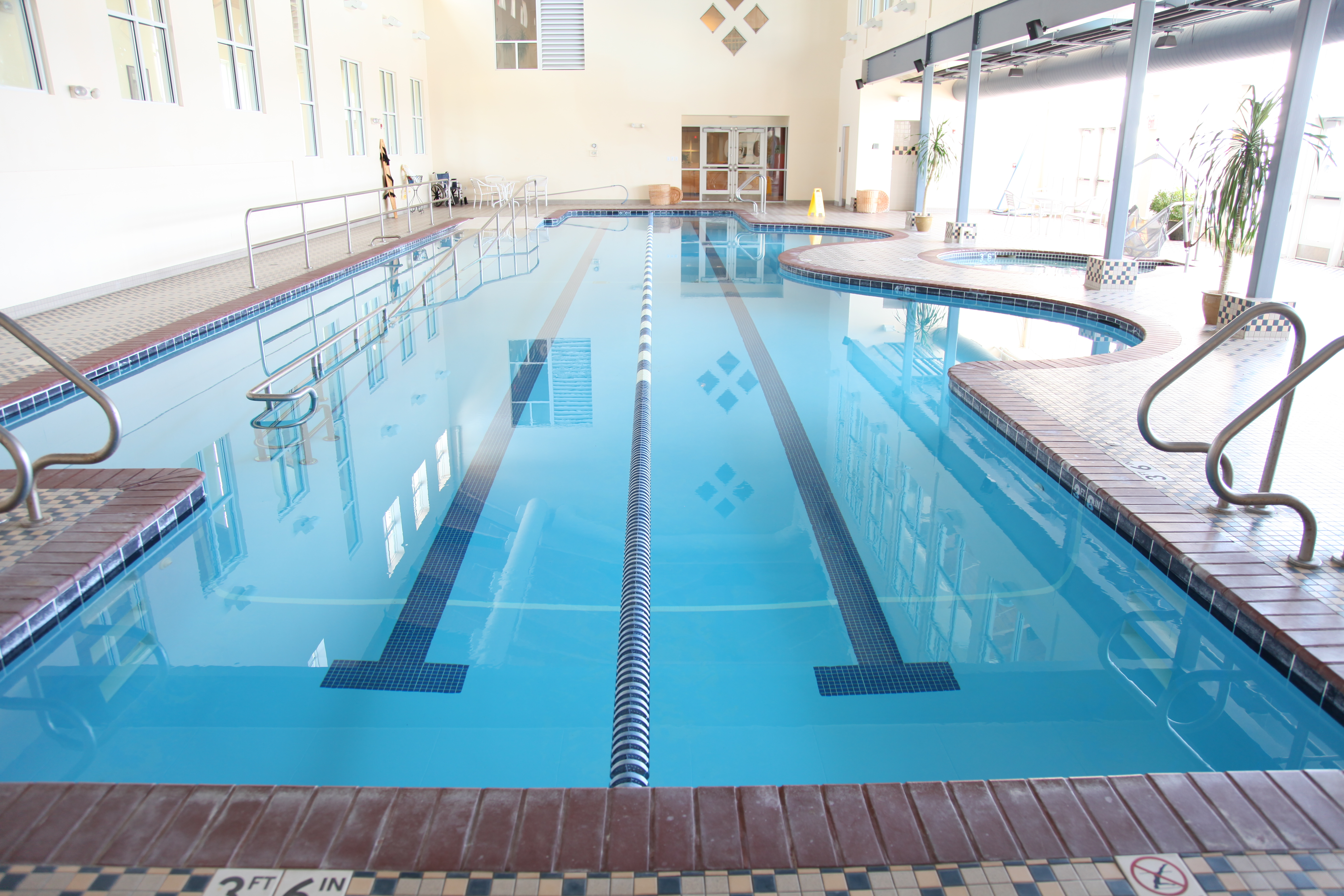 Resort pool luxury spa weston sampson for Pool showrooms sydney